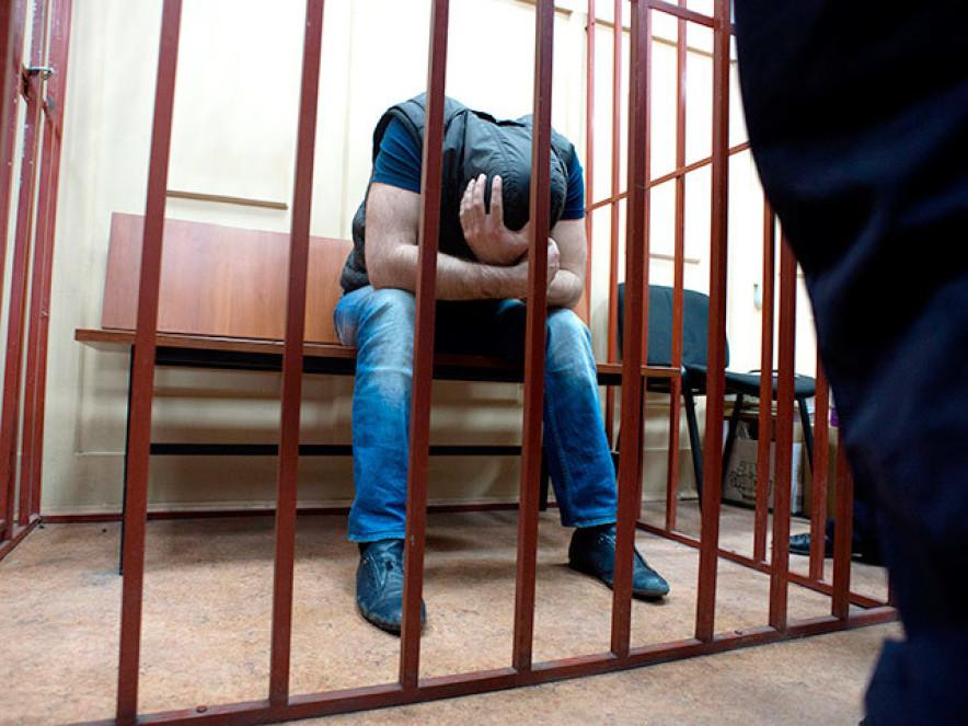 девушки наказывают парня в суде