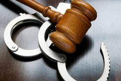 один вариант фальсифицированное дело в суде приготовить