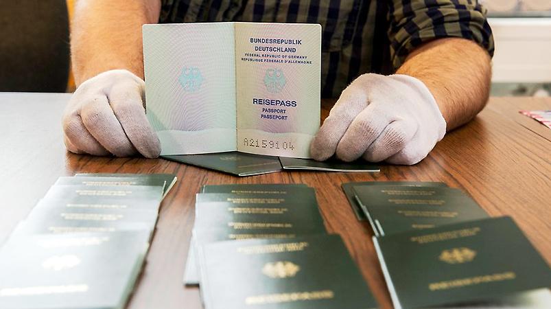 поддельные документы ответственность проверить обращаться подделка документов подделке больничный